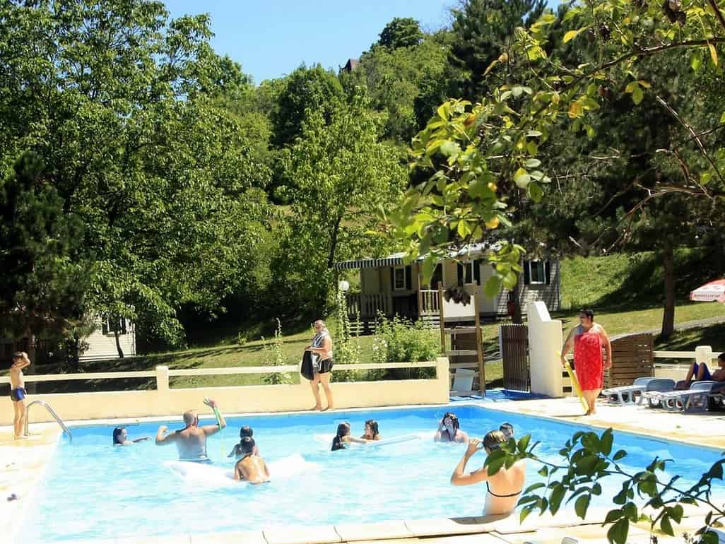 camping le verdoyant Thenon dordogne